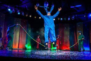 Немецкая студентка создала в Петербурге «цирк для хулиганов», а теперь пишет об этом диссертацию. Она рассказывает, как «Упсала-цирк» помогает детям и чем «трудные» подростки в Германии отличаются от российских