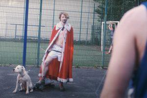 На «Бумаге» — премьера клипа «Научи меня жить» от группы «Простывший пассажир трамвая № 7»