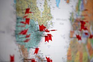 Стоит ли планировать летний отпуск за рубежом, можно ли заранее получить визы и куда ехать, если границы не откроют?