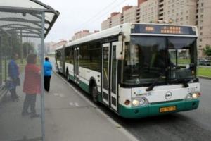Петербургские автобусы, трамваи и троллейбусы 13 июля вернутся к обычному режиму работы