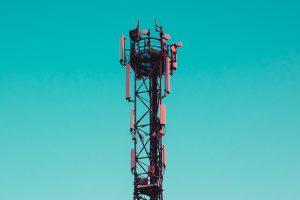 Чем технология 5G будет полезна экономике и почему вокруг нее столько страхов? Рассказывает кандидат технических наук