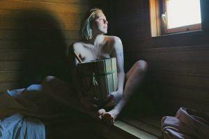 «Баня — это принятие тела и ритуал общения с собой». Создательница Nudeblog — о банной культуре и разговорах в общественной парной