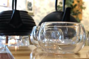 МВД проводит административное расследование из-за навязчивых чайных промоутеров на Невском. На пятерых составили протоколы о мелком хулиганстве