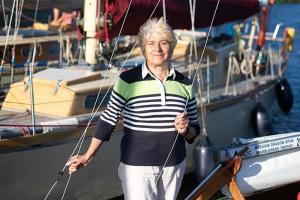 «Мы все связаны братством». Четыре петербуржца рассказывают, как влюбились впарусный спорт и почему город недолжен лишиться яхт-клуба наПетровской косе