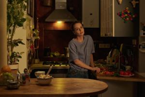 IQOS представляет трейлер фильма «(Не)случайные истории»