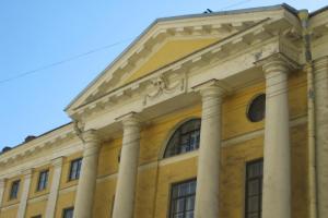 Смольный и «Почта России» создадут новое общественное пространство в Петербурге — оно объединит пешеходную зону, музейную площадку и кафе