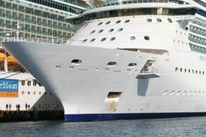 Крупные операторы Royal Caribbean и Carnival Cruise Lines могут запустить круизы по Балтике из Петербурга