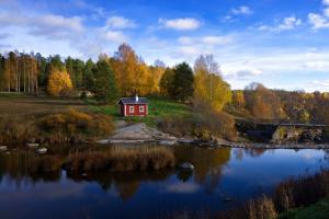 Петербург и Финляндию в 2021 году свяжут новые туристические маршруты. Среди них — экотропы и велодорожки