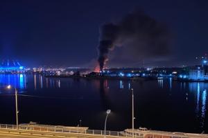 Совладелец сгоревших «Парусов» заявил, что ресторан могли поджечь — из-за конфликта в яхт-клубе профсоюзов
