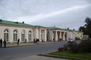 С 1 сентября в Пушкин и Павловск можно будет съездить по единому абонементу. Но в группах от пяти человек