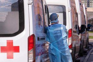 В Петербурге растет число госпитализаций с коронавирусом. Что происходит в больницах? И остались ли свободные койки?