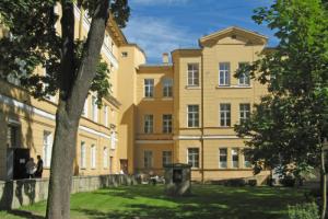 Государственный мединститут имени Павлова оштрафовали на 25 тысяч рублей. Студенты вуза не носили маски