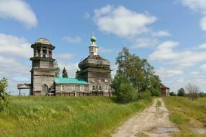 Полюбуйтесь пейзажами и деревянным зодчеством Онежского полуострова в инстаграме «Русский Север». Его ведет петербургский архитектор