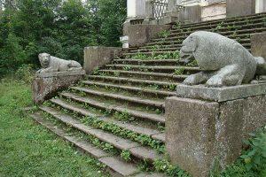 Как в ближайшие годы изменятся Выборг и Ивангород и почему в Ленобласти нельзя отреставрировать все разрушенные дома? Интервью с главой нового комитета по охране памятников