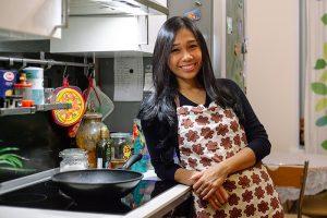 Индонезийка Деви Инда Курниасих — об угрюмости петербуржцев, военных праздниках и холодной зиме