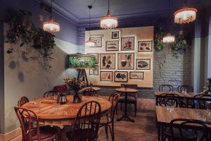 На Почтамтской улице открыли паста-бар Noodmood. В заведении готовят итальянскую пасту и азиатскую лапшу