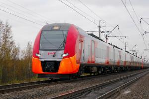 Из Кудрова запустят электрички до Петербурга. На них можно будет доехать до станций метро «Ладожская» и «Волковская»