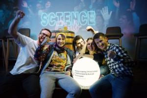 Проводим серию онлайн-завтраков Science Club Week. Если занимаетесь наукой, присоединяйтесь — и «Самокат» доставит вам набор продуктов к завтраку