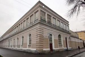 Госстройнадзор одобрил стройку на месте манежа лейб-гвардии Финляндского полка. Градозащитники утверждают, что здание старше, чем указано в документах