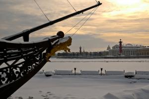 31 декабря в Петербурге сделали выходным. Рабочий день перенесли на 26 декабря