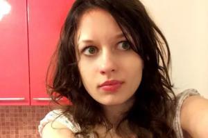 Осужденную по делу о наркотиках звезду «Двача» Ладу Малову не освобождают из колонии, несмотря на тяжелые заболевания легких