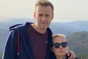 На Алексея Навального завели уголовное дело о мошенничестве. Его обвинили в покупке имущества на деньги, пожертвованные ФБК