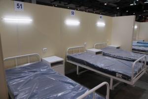 В Петербурге свободна почти четверть коек для пациентов с коронавирусом. Но власти ждут роста числа госпитализаций