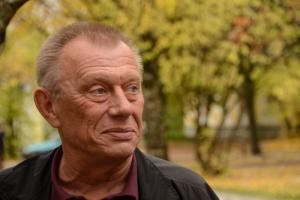 В Петербурге 8 января пройдет прощание с одним из основателей организации «Мемориал» Михаилом Рогачевым. Он умер после заражения коронавирусом