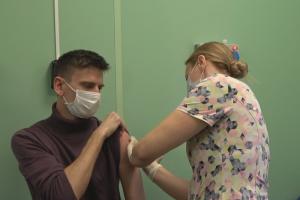 В Петербурге сложно записаться на вакцинацию от коронавируса из-за ограниченного числа прививок. Новую партию «Спутника V» ожидают до середины января