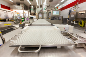 Вакцина Pfizer от коронавируса может не появиться в России в 2021 году