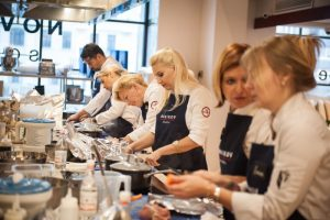 Московский проект Novikov School впервые проведет в Петербурге кулинарные мастер-классы