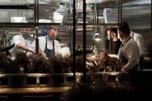На улице Рубинштейна открыли португальский ресторан Flor от создателей Robata Bar