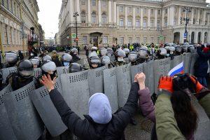 Задержания 31 января — самые жесткие и многочисленные за последние годы. Вот как прошла акция, где в столкновениях силовиков и протестующих пострадали десятки людей