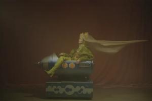 Фильм «Дочь рыбака» вошел в конкурсную программу Берлинского кинофестиваля. В нем снималась модель из Петербурга Валентина Ясень