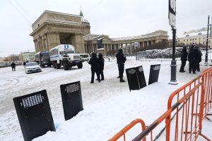 Центр Петербурга перекрыли, хотя митингов не было. А что, так можно было? В следующие выходные всё повторится?