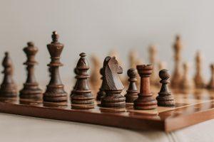 «Шахматы закаляют характер на всю жизнь». Петербургские бизнесмены — о том, как игра научила их логически мыслить, предвидеть развитие событий и принимать поражение