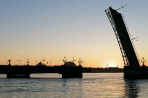 В Петербурге продолжают технологические разводки мостов. Вот какие переправы разведут на этой неделе