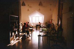 «Бумага» открывает вакансию менеджера спецпроектов. Мы рассматриваем кандидатов как из Петербурга, так и из Москвы