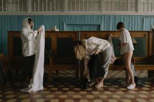 Петербургский бренд Oh, my и Nudeblog создали совместную коллекцию одежды — ее можно носить как в бане, так и в повседневной жизни
