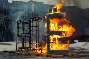 Взрыв чучела, огнеметы и горящий Дарт Вейдер. Как в Петербурге и Ленобласти праздновали Масленицу