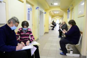 Более чем 50 % петербуржцев переболели или привились от коронавируса, показало исследование. Это может положительно повлиять на ход эпидемии