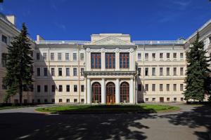 В Петербурге отреставрируют западный фасад Аничкова дворца. Работы должны закончить до ноября
