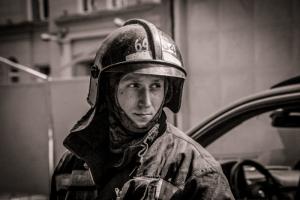 В Петербурге простились с Ильей Белецким, который погиб во время тушения пожара на «Невской мануфактуре»