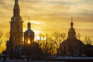 В Петербурге ожидают дожди и мокрый снег. Но скоро вновь потеплеет — и температура должна быть выше нормы ☀️
