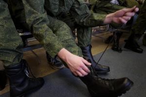 В России стартовал весенний призыв: на службу должны отправить 2,6 тысячи петербуржцев. Их обязаны тестировать на коронавирус