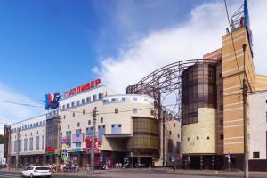 В Петербурге запустили 13-й мобильный пункт вакцинации от коронавируса — в ТРК «Гулливер». Вот весь список