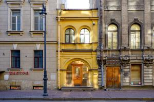 Видели этот крошечный дом на Гагаринской улице? Рассказываем его историю — и что там находится 🏠