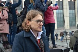В Москве полиция пришла с обыском к Михаилу Светову. Кроме того, в столице задержаны несколько либертарианцев и сторонников Навального