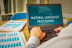 НИУ ВШЭ и «Яндекс» открывают в Петербурге лабораторию естественного языка. В ней будут помогать голосовым помощникам общаться с людьми