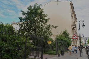 Закс в третьем чтении принял закон о зеленых насаждениях. Депутаты оставили сквер в Кузнечном переулке доступным для застройки